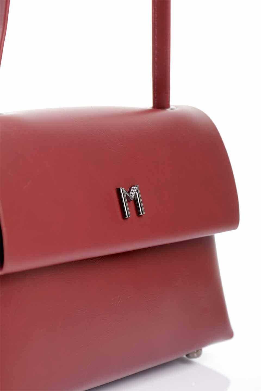 meliebiancoのRiley(Burgundy)/海外ファッション好きにオススメのインポートバッグとかばん、MelieBianco(メリービアンコ)のバッグやハンドバッグ。コンパクトでありながら2つの荷室で使いやすいショルダーバッグ。2重になったフラップのボリュームと、ふっくらしたサイドのデザインが優しい印象のバッグです。/main-9