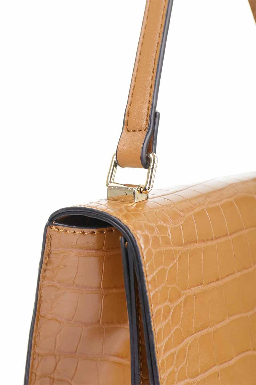 meliebiancoのLena(Saddle)/海外ファッション好きにオススメのインポートバッグとかばん、MelieBianco(メリービアンコ)のバッグやハンドバッグ。クロコダイルの型押しで高級感があるミニハンドバッグ。なめらかな艶感と硬めの質感でまるで本物の様なビーガンレザーを使用しています。/main-11