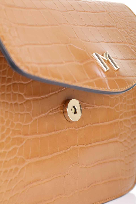 meliebiancoのLena(Saddle)/海外ファッション好きにオススメのインポートバッグとかばん、MelieBianco(メリービアンコ)のバッグやハンドバッグ。クロコダイルの型押しで高級感があるミニハンドバッグ。なめらかな艶感と硬めの質感でまるで本物の様なビーガンレザーを使用しています。/main-16