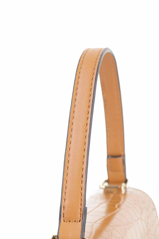 meliebiancoのLena(Saddle)/海外ファッション好きにオススメのインポートバッグとかばん、MelieBianco(メリービアンコ)のバッグやハンドバッグ。クロコダイルの型押しで高級感があるミニハンドバッグ。なめらかな艶感と硬めの質感でまるで本物の様なビーガンレザーを使用しています。/main-8