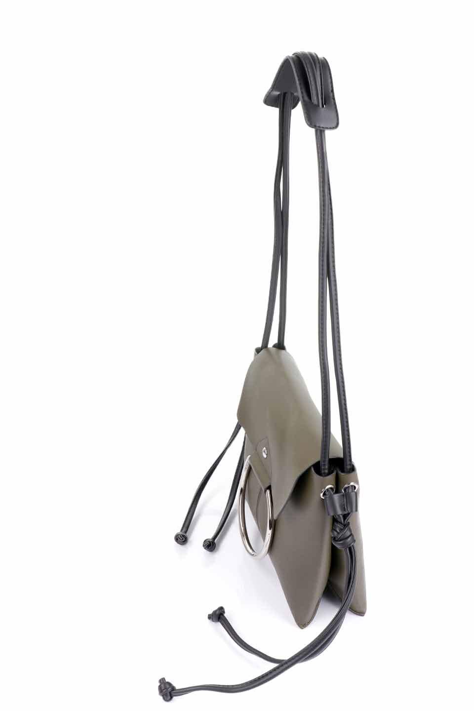 meliebiancoのDillen(Olive)/海外ファッション好きにオススメのインポートバッグとかばん、MelieBianco(メリービアンコ)のバッグやショルダーバッグ。落ち着いた雰囲気のカジュアルコーデにぴったりなショルダーバッグ。ゴールドのリングが大人っぽいアクセントのお手頃サイズのバッグです。/main-5