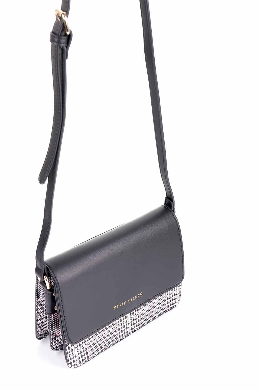 meliebiancoのDesi(Black)/海外ファッション好きにオススメのインポートバッグとかばん、MelieBianco(メリービアンコ)のバッグやショルダーバッグ。人気のチェック柄をあしらったコンパクトサイズのショルダーバッグ。レザー部分とチェックのカラーを合わせているのも心憎いポイント。/main-10
