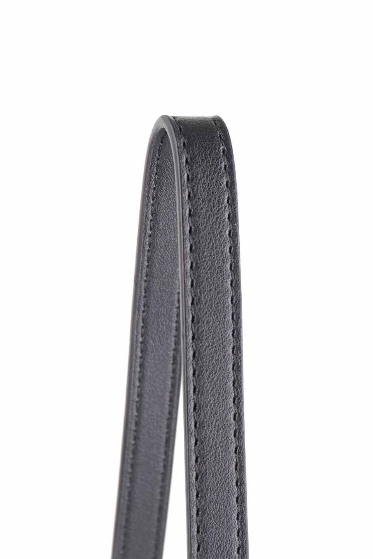 meliebiancoのDesi(Black)/海外ファッション好きにオススメのインポートバッグとかばん、MelieBianco(メリービアンコ)のバッグやショルダーバッグ。人気のチェック柄をあしらったコンパクトサイズのショルダーバッグ。レザー部分とチェックのカラーを合わせているのも心憎いポイント。/main-7