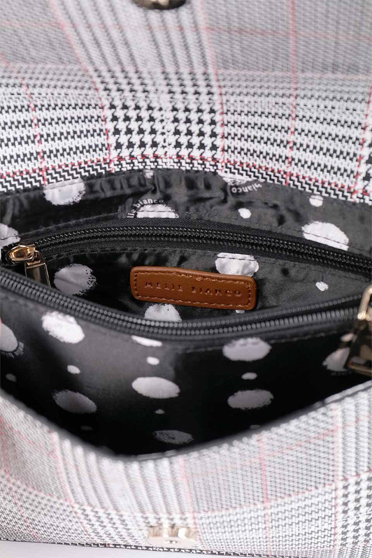 meliebiancoのDesi(Saddle)/海外ファッション好きにオススメのインポートバッグとかばん、MelieBianco(メリービアンコ)のバッグやショルダーバッグ。人気のチェック柄をあしらったコンパクトサイズのショルダーバッグ。レザー部分とチェックのカラーを合わせているのも心憎いポイント。/main-19