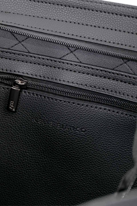 meliebiancoのNova(Black)/海外ファッション好きにオススメのインポートバッグとかばん、MelieBianco(メリービアンコ)のバッグやトートバッグ。メリービアンコのプレミアムビーガンレザーにキルティングのようなステッチを施したボディが可愛いトートバッグ。シンプルなボディにゴールドチェーンの持ち手がアクセントになった大人っぽいバッグです。/main-20