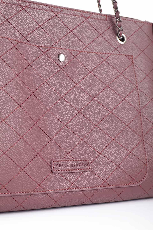 meliebiancoのNova(Burgundy)/海外ファッション好きにオススメのインポートバッグとかばん、MelieBianco(メリービアンコ)のバッグやトートバッグ。メリービアンコのプレミアムビーガンレザーにキルティングのようなステッチを施したボディが可愛いトートバッグ。シンプルなボディにゴールドチェーンの持ち手がアクセントになった大人っぽいバッグです。/main-14
