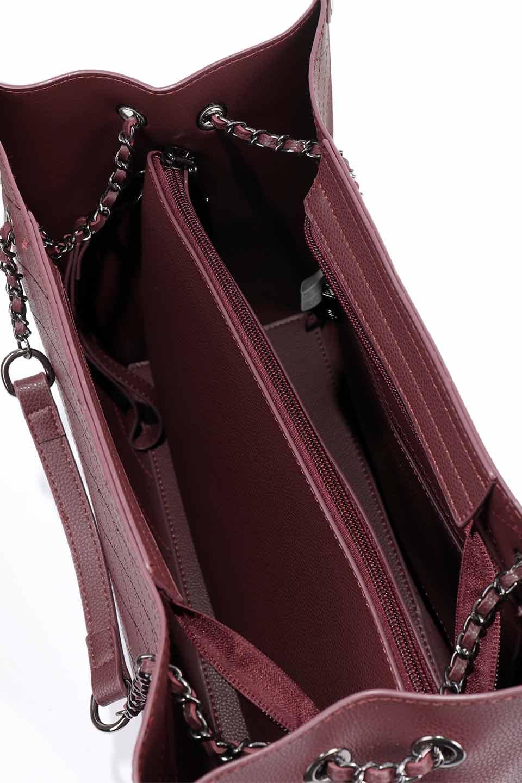 meliebiancoのNova(Burgundy)/海外ファッション好きにオススメのインポートバッグとかばん、MelieBianco(メリービアンコ)のバッグやトートバッグ。メリービアンコのプレミアムビーガンレザーにキルティングのようなステッチを施したボディが可愛いトートバッグ。シンプルなボディにゴールドチェーンの持ち手がアクセントになった大人っぽいバッグです。/main-21
