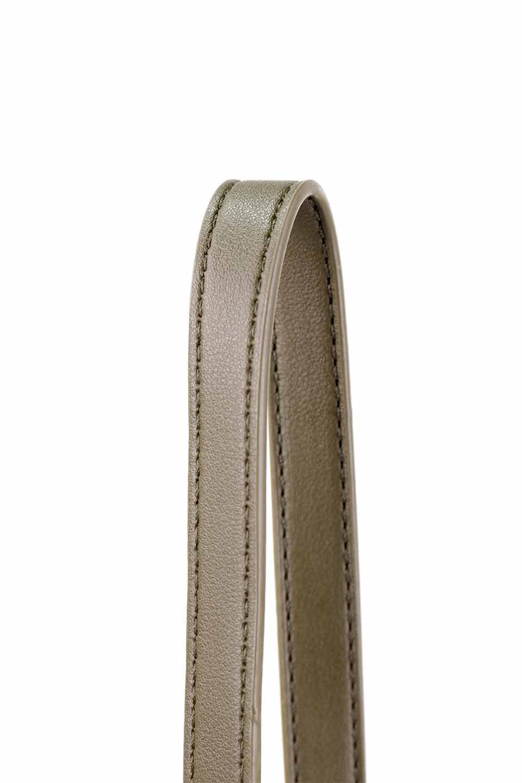 meliebiancoのAly(Olive)/海外ファッション好きにオススメのインポートバッグとかばん、MelieBianco(メリービアンコ)のバッグやショルダーバッグ。シルバーのリングがアクセントのラウンドタイプのショルダーバッグ。ボディと同型のフラップなので、ボディー部分は極めてシンプルなデザインです。/main-8