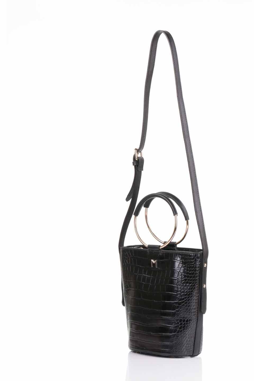 meliebiancoのStella(Black)/海外ファッション好きにオススメのインポートバッグとかばん、MelieBianco(メリービアンコ)のバッグやショルダーバッグ。以前大人気だったバケツ型バッグのステラをクロコダイルの型押しでアップデート。程よい大きさや使い勝手の良さはそのままに上品なカジュアル感がアップしました。/main-10