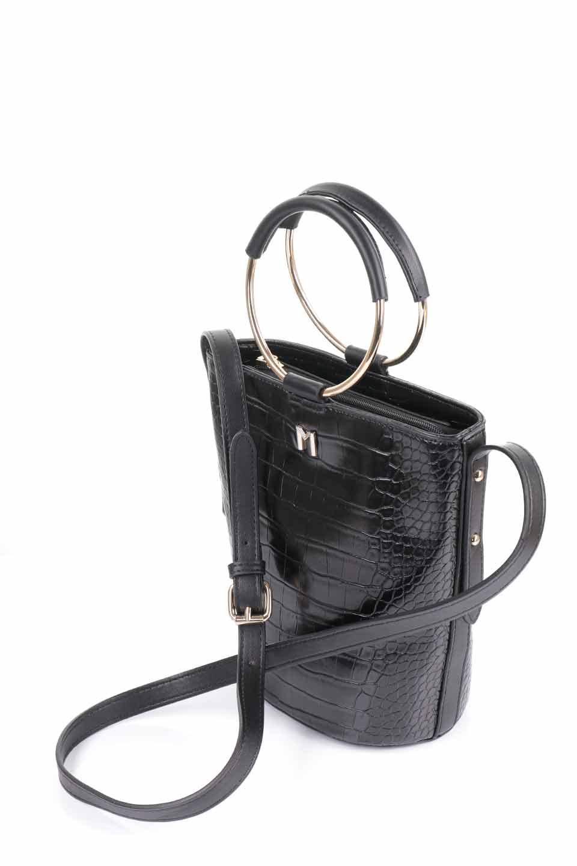 meliebiancoのStella(Black)/海外ファッション好きにオススメのインポートバッグとかばん、MelieBianco(メリービアンコ)のバッグやショルダーバッグ。以前大人気だったバケツ型バッグのステラをクロコダイルの型押しでアップデート。程よい大きさや使い勝手の良さはそのままに上品なカジュアル感がアップしました。/main-13