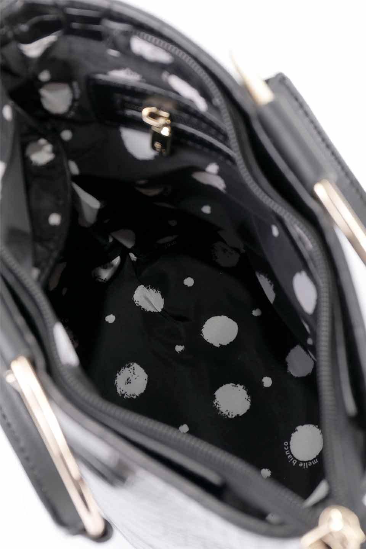 meliebiancoのStella(Black)/海外ファッション好きにオススメのインポートバッグとかばん、MelieBianco(メリービアンコ)のバッグやショルダーバッグ。以前大人気だったバケツ型バッグのステラをクロコダイルの型押しでアップデート。程よい大きさや使い勝手の良さはそのままに上品なカジュアル感がアップしました。/main-20