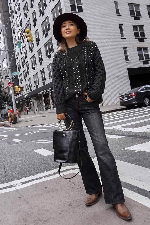 meliebiancoのStella(Black)/海外ファッション好きにオススメのインポートバッグとかばん、MelieBianco(メリービアンコ)のバッグやショルダーバッグ。以前大人気だったバケツ型バッグのステラをクロコダイルの型押しでアップデート。程よい大きさや使い勝手の良さはそのままに上品なカジュアル感がアップしました。/main-8