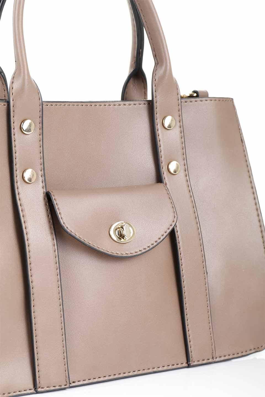 meliebiancoのKhloe(Taupe)/海外ファッション好きにオススメのインポートバッグとかばん、MelieBianco(メリービアンコ)のバッグやハンドバッグ。クラシカルなスタイルの2Wayハンドバッグ。広い荷室を分ける仕切りがファスナー付きのポケットで使いやすい工夫が施されたバッグです。/main-6