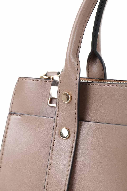 meliebiancoのKhloe(Taupe)/海外ファッション好きにオススメのインポートバッグとかばん、MelieBianco(メリービアンコ)のバッグやハンドバッグ。クラシカルなスタイルの2Wayハンドバッグ。広い荷室を分ける仕切りがファスナー付きのポケットで使いやすい工夫が施されたバッグです。/main-7