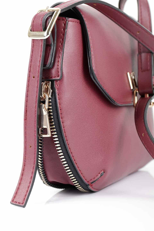 meliebiancoのLyla(Burgundy)/海外ファッション好きにオススメのインポートバッグとかばん、MelieBianco(メリービアンコ)のバッグやショルダーバッグ。ふっくらと丸いシルエットが可愛いショルダーバッグ。ストラップは両サイドの付け根でも長さが調節できるので、お好みの長さに調節できます。/main-14
