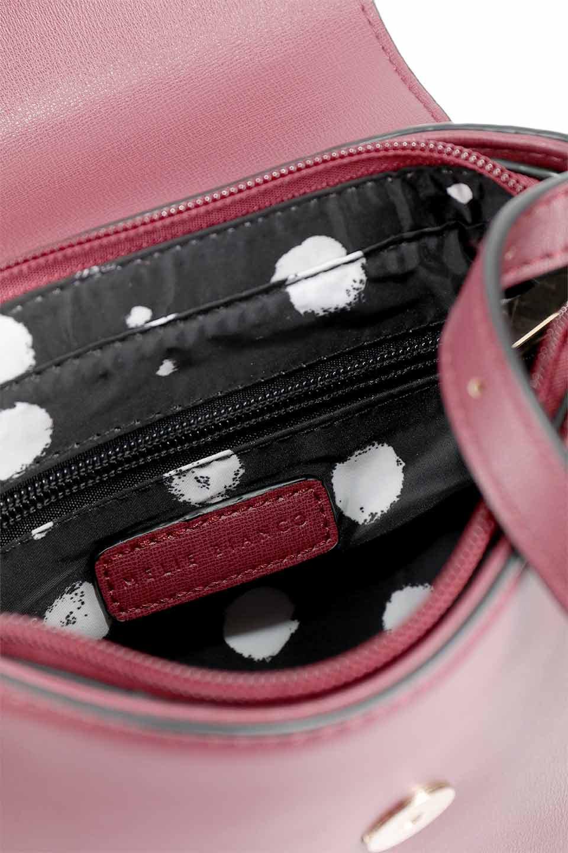 meliebiancoのLyla(Burgundy)/海外ファッション好きにオススメのインポートバッグとかばん、MelieBianco(メリービアンコ)のバッグやショルダーバッグ。ふっくらと丸いシルエットが可愛いショルダーバッグ。ストラップは両サイドの付け根でも長さが調節できるので、お好みの長さに調節できます。/main-15