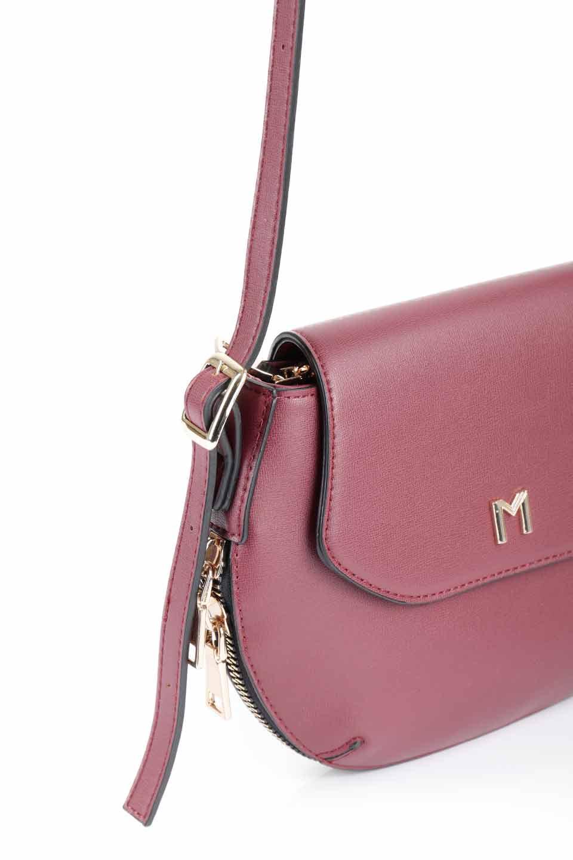 meliebiancoのLyla(Burgundy)/海外ファッション好きにオススメのインポートバッグとかばん、MelieBianco(メリービアンコ)のバッグやショルダーバッグ。ふっくらと丸いシルエットが可愛いショルダーバッグ。ストラップは両サイドの付け根でも長さが調節できるので、お好みの長さに調節できます。/main-8