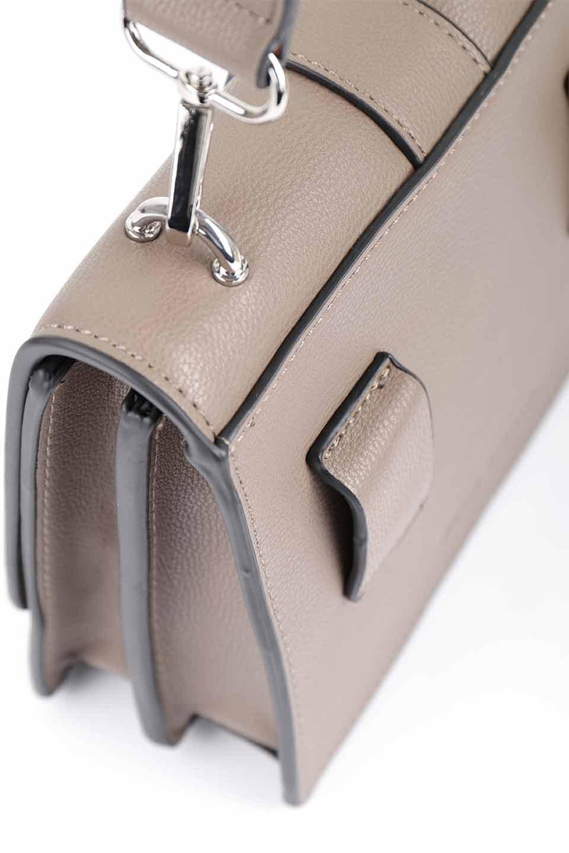 meliebiancoのStalkingGia(Taupe)/海外ファッション好きにオススメのインポートバッグとかばん、MelieBianco(メリービアンコ)のバッグやショルダーバッグ。メタルのバックルがアクセントの2Wayショルダーバッグ。付属のストラップを背面に取り付ければウエストバッグとして楽しめます。/main-11