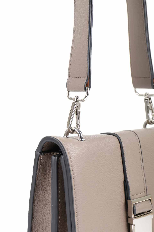 meliebiancoのStalkingGia(Taupe)/海外ファッション好きにオススメのインポートバッグとかばん、MelieBianco(メリービアンコ)のバッグやショルダーバッグ。メタルのバックルがアクセントの2Wayショルダーバッグ。付属のストラップを背面に取り付ければウエストバッグとして楽しめます。/main-7