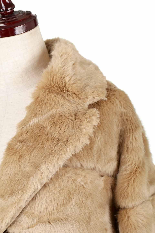 LOVESTITCHのWinnieCoatベルスリーブ・エコファーコート/海外ファッションが好きな大人カジュアルのためのLOVESTITCH(ラブステッチ)のアウターやコート。ルーズなベルスリーブが特徴のエコファーを使用したショートコート。絶妙な着丈の長さと明るめのキャメルカラーでワンランク上のカジュアルコーデが楽しめます。/main-18