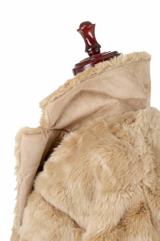LOVESTITCHのWinnieCoatベルスリーブ・エコファーコート/海外ファッションが好きな大人カジュアルのためのLOVESTITCH(ラブステッチ)のアウターやコート。ルーズなベルスリーブが特徴のエコファーを使用したショートコート。絶妙な着丈の長さと明るめのキャメルカラーでワンランク上のカジュアルコーデが楽しめます。/main-22