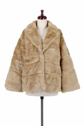 海外ファッション好きのためのカリフォルニアテイストの大人カジュアルインポートブランドLOVESTITCH(ラブステッチ)のWinnie Coat ベルスリーブ・エコファーコート