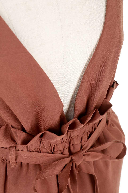 WaistGatheredJumperDressギャザーウエスト・ジャンパースカート大人カジュアルに最適な海外ファッションのothers(その他インポートアイテム)のボトムやスカート。ギャザーのウエストがアクセントのジャンパースカート。ハイウエストで下半身が長く見えます。/main-25