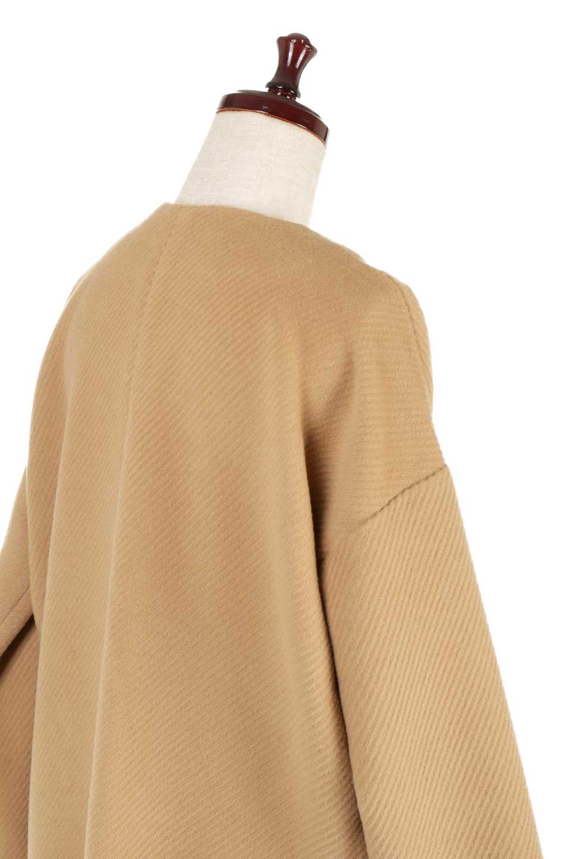 TexturedKnitCollarlessCoatオーバーサイズ・ノーカラーコート大人カジュアルに最適な海外ファッションのothers(その他インポートアイテム)のアウターやコート。シンプルデザインでオーバーサイズのカラーレスコート。タートルネックのニットや、ボリュームのあるスヌードなどを合わせても首元に余裕があるカラーレスタイプ。/main-17