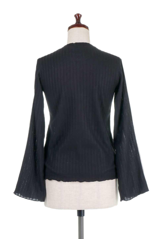 VelvetLinedFlareSleeveKnitTopベロアライン・起毛リブニット大人カジュアルに最適な海外ファッションのothers(その他インポートアイテム)のトップスやニット・セーター。薄っすらと起毛されたリブニットを使用したトップス。スッキリとしたボディにややゆとりのあるフレアスリーブが特徴。/main-19