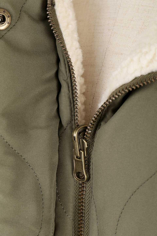 ReversibleShearlingCoatリバーシブル・キルティングコート大人カジュアルに最適な海外ファッションのothers(その他インポートアイテム)のアウターやコート。暖かさ抜群のキルティングのリバーシブルコート。裾や手首まで包み込む中綿とボアが暖かさを逃しません。/main-29