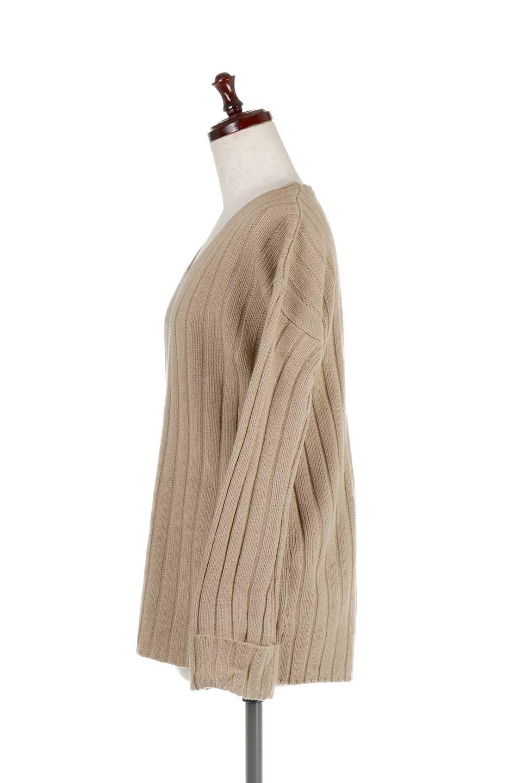 WideRibbedV-neckPullOverワイドリブ・Vネックブルオーバー大人カジュアルに最適な海外ファッションのothers(その他インポートアイテム)のトップスやニット・セーター。ルーズなシルエットのワイドリブニットトップス。大きめデザインのカジュアルなデザインで、気軽に着れるお手頃アイテムです。/main-12