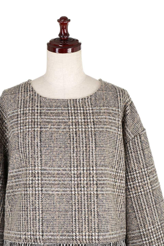 GlencheckFringePulloverグレンチェック・フリンジトップス大人カジュアルに最適な海外ファッションのothers(その他インポートアイテム)のトップスやニット・セーター。裾のフリンジが可愛いオーバーサイズのプルオーバートップス。シックになりがちなグレンチェックですが、大柄チェックなのでカジュアル感のあるアイテムです。/main-15