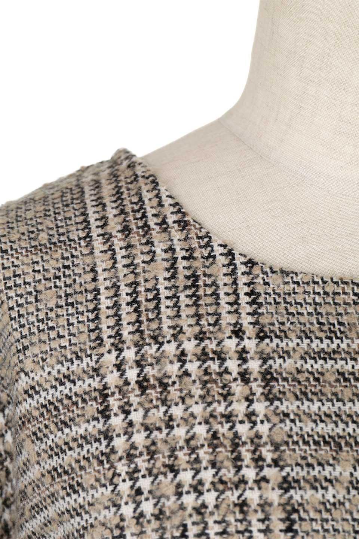 GlencheckFringePulloverグレンチェック・フリンジトップス大人カジュアルに最適な海外ファッションのothers(その他インポートアイテム)のトップスやニット・セーター。裾のフリンジが可愛いオーバーサイズのプルオーバートップス。シックになりがちなグレンチェックですが、大柄チェックなのでカジュアル感のあるアイテムです。/main-19