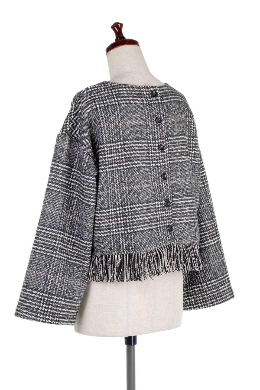 GlencheckFringePulloverグレンチェック・フリンジトップス大人カジュアルに最適な海外ファッションのothers(その他インポートアイテム)のトップスやニット・セーター。裾のフリンジが可愛いオーバーサイズのプルオーバートップス。シックになりがちなグレンチェックですが、大柄チェックなのでカジュアル感のあるアイテムです。/main-8