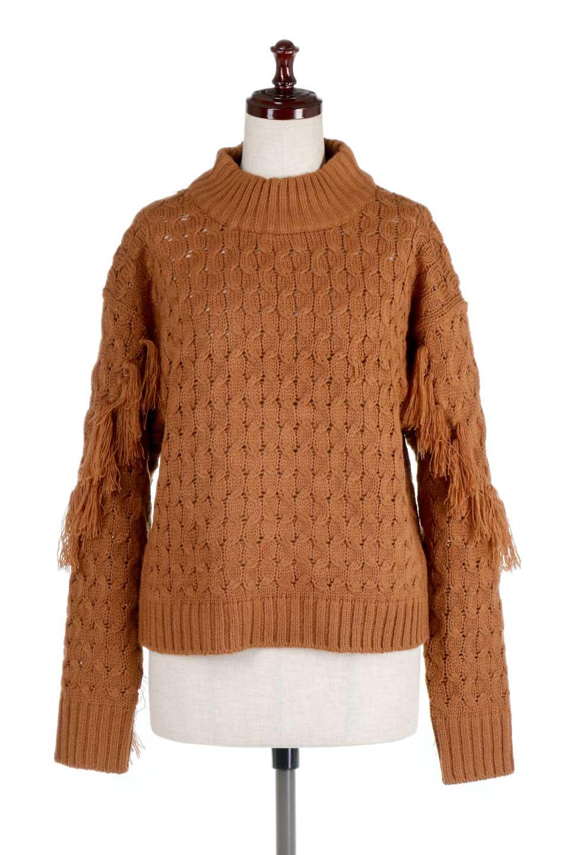 RibbedHighNeckFringeKnitTopハイネック・フリンジセーター大人カジュアルに最適な海外ファッションのothers(その他インポートアイテム)のトップスやニット・セーター。フリンジが飾られた袖が可愛いザックリ編みのケーブルニットセーター。肉厚で大きめリブのハイネックは小顔効果も期待できそうです。/main-10