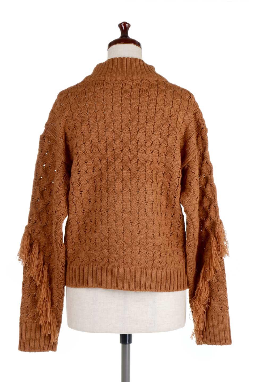 RibbedHighNeckFringeKnitTopハイネック・フリンジセーター大人カジュアルに最適な海外ファッションのothers(その他インポートアイテム)のトップスやニット・セーター。フリンジが飾られた袖が可愛いザックリ編みのケーブルニットセーター。肉厚で大きめリブのハイネックは小顔効果も期待できそうです。/main-14