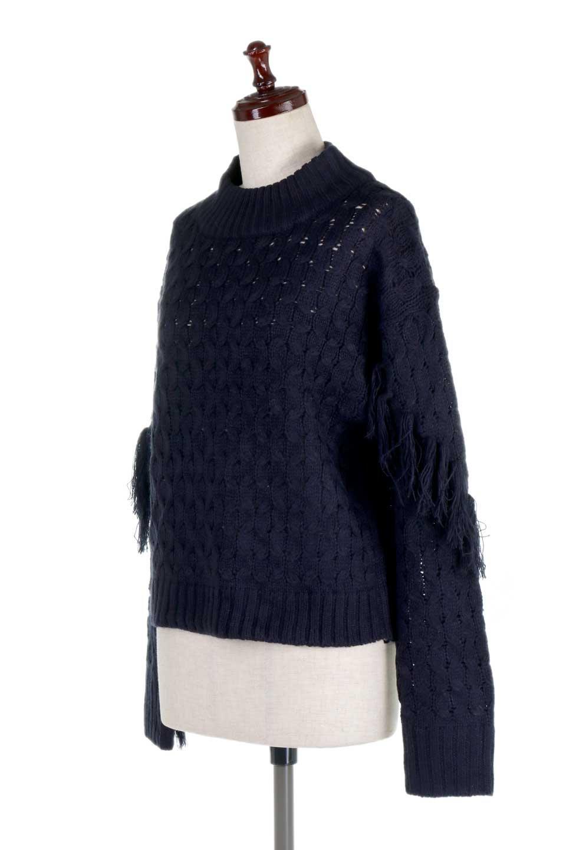 RibbedHighNeckFringeKnitTopハイネック・フリンジセーター大人カジュアルに最適な海外ファッションのothers(その他インポートアイテム)のトップスやニット・セーター。フリンジが飾られた袖が可愛いザックリ編みのケーブルニットセーター。肉厚で大きめリブのハイネックは小顔効果も期待できそうです。/main-16