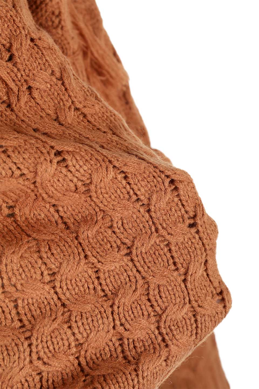 RibbedHighNeckFringeKnitTopハイネック・フリンジセーター大人カジュアルに最適な海外ファッションのothers(その他インポートアイテム)のトップスやニット・セーター。フリンジが飾られた袖が可愛いザックリ編みのケーブルニットセーター。肉厚で大きめリブのハイネックは小顔効果も期待できそうです。/main-29