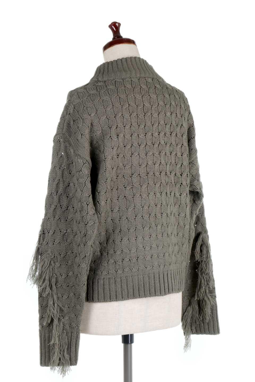 RibbedHighNeckFringeKnitTopハイネック・フリンジセーター大人カジュアルに最適な海外ファッションのothers(その他インポートアイテム)のトップスやニット・セーター。フリンジが飾られた袖が可愛いザックリ編みのケーブルニットセーター。肉厚で大きめリブのハイネックは小顔効果も期待できそうです。/main-8