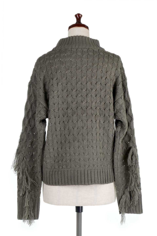 RibbedHighNeckFringeKnitTopハイネック・フリンジセーター大人カジュアルに最適な海外ファッションのothers(その他インポートアイテム)のトップスやニット・セーター。フリンジが飾られた袖が可愛いザックリ編みのケーブルニットセーター。肉厚で大きめリブのハイネックは小顔効果も期待できそうです。/main-9