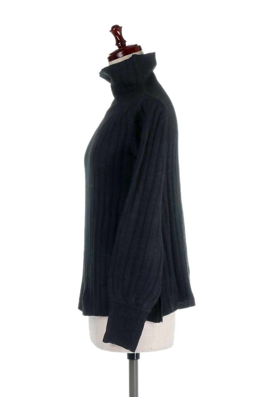 WideRibbedBottleNeckKnitTopワイドリブ・ボトルネックセーター大人カジュアルに最適な海外ファッションのothers(その他インポートアイテム)のトップスやニット・セーター。ゆとりのあるボトルネックが可愛いニットのトップス。緩めのサイズ感と首元のクシュ感が大人気のリブセーター。/main-12