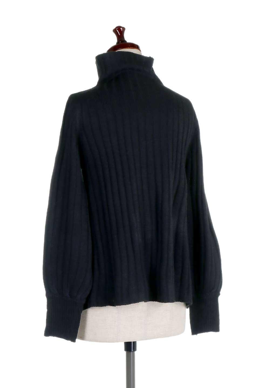 WideRibbedBottleNeckKnitTopワイドリブ・ボトルネックセーター大人カジュアルに最適な海外ファッションのothers(その他インポートアイテム)のトップスやニット・セーター。ゆとりのあるボトルネックが可愛いニットのトップス。緩めのサイズ感と首元のクシュ感が大人気のリブセーター。/main-13