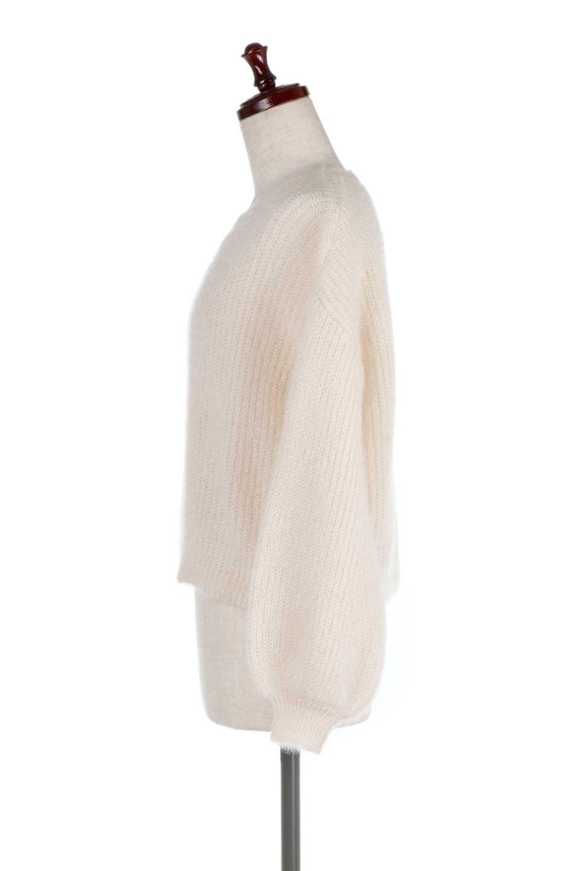 SparklyAcrylicmohairKnitTopキラキラモヘア・バルーンスリーブニット大人カジュアルに最適な海外ファッションのothers(その他インポートアイテム)のトップスやニット・セーター。キラキラ輝くアクリルモヘアのニットトップス。オススメポイントはなんと言ってもソフトで肌触りの良い、やや透け感のあるモヘア風のニット素材。/main-7