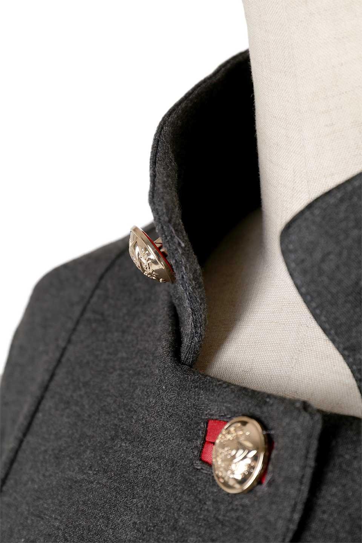 JosephRibkoffのCoat#173308ミリタリー・フレアコート/JosephRibkoffのアウターやコート。赤/金のアクセントカラーが可愛いショート丈のフレアコート。小さめの肩パッド入りでテーラードジャケットのようなしっかりとした作りで、見た目も着心地も上質なコートです。/main-10