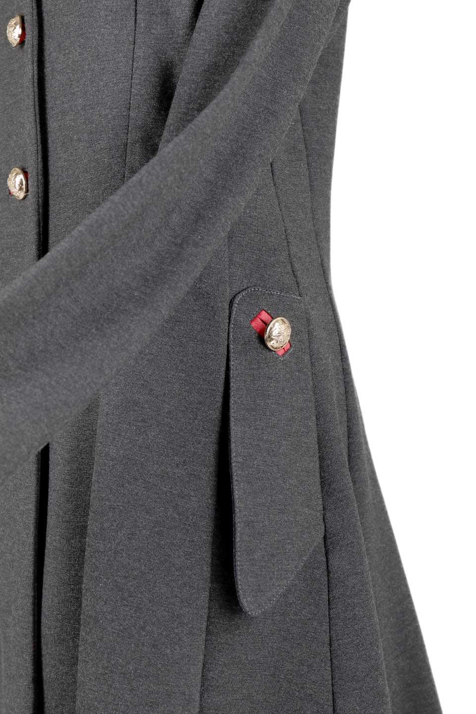 JosephRibkoffのCoat#173308ミリタリー・フレアコート/JosephRibkoffのアウターやコート。赤/金のアクセントカラーが可愛いショート丈のフレアコート。小さめの肩パッド入りでテーラードジャケットのようなしっかりとした作りで、見た目も着心地も上質なコートです。/main-12