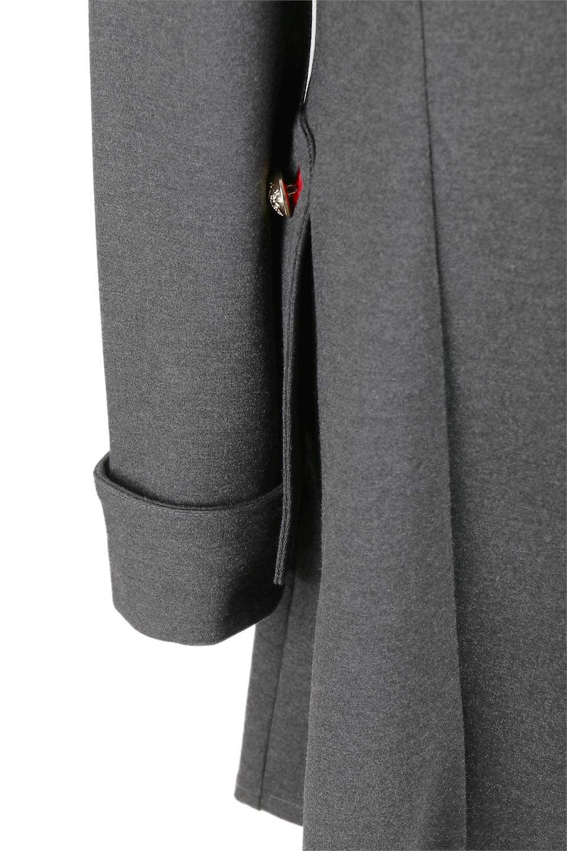 JosephRibkoffのCoat#173308ミリタリー・フレアコート/JosephRibkoffのアウターやコート。赤/金のアクセントカラーが可愛いショート丈のフレアコート。小さめの肩パッド入りでテーラードジャケットのようなしっかりとした作りで、見た目も着心地も上質なコートです。/main-15
