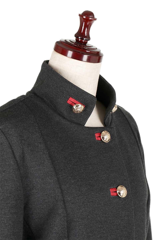 JosephRibkoffのCoat#173308ミリタリー・フレアコート/JosephRibkoffのアウターやコート。赤/金のアクセントカラーが可愛いショート丈のフレアコート。小さめの肩パッド入りでテーラードジャケットのようなしっかりとした作りで、見た目も着心地も上質なコートです。/main-7