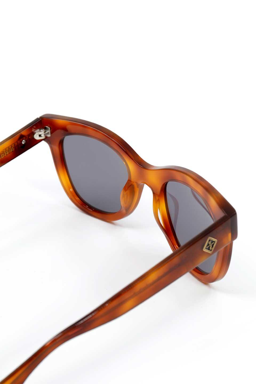 WONDERLANDのCOLONY(10-Havana/GreyLens)コロニー・セルフレーム・サングラス/WONDERLANDのメガネ・サングラスや。アメリカ西海岸のレディースクロージングブランド「STONECOLDFOX」とのコラボレーションモデルです。より女性らしいラウンドしたフレームと特徴的な大きなレンズは、クールな女性を演出してくれると同時に小顔効果が望めます。/main-12