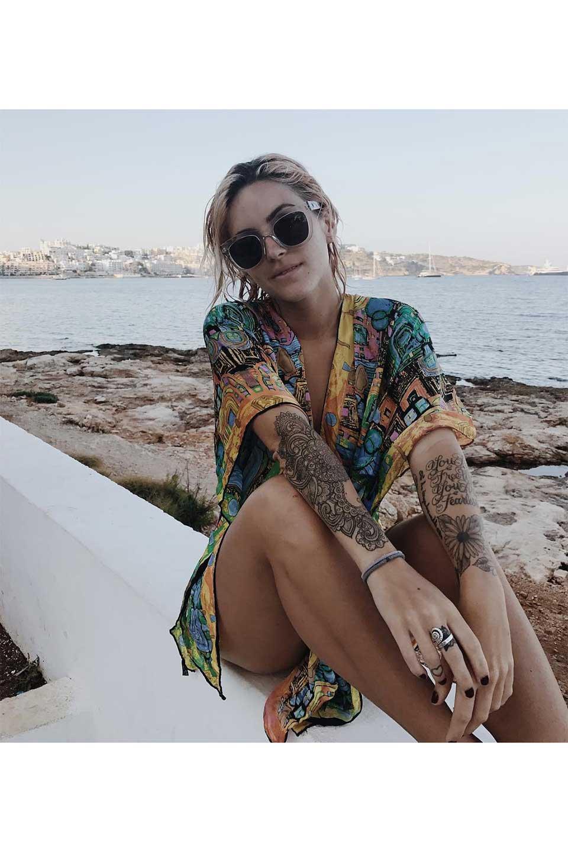 WONDERLANDのCOLONY(10-Havana/GreyLens)コロニー・セルフレーム・サングラス/WONDERLANDのメガネ・サングラスや。アメリカ西海岸のレディースクロージングブランド「STONECOLDFOX」とのコラボレーションモデルです。より女性らしいラウンドしたフレームと特徴的な大きなレンズは、クールな女性を演出してくれると同時に小顔効果が望めます。/main-21