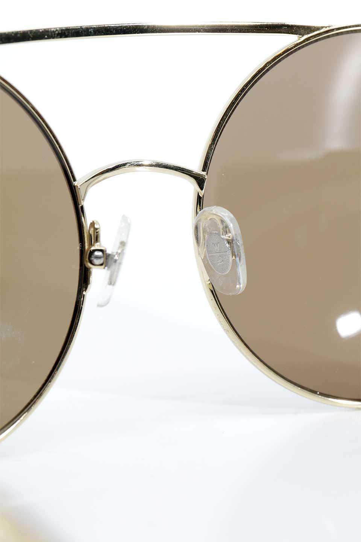 WONDERLANDのBLYTHE(03-Gold/BronzeLens)ブライス・メタルフレーム・サングラス/WONDERLANDのメガネ・サングラスや。INDIOより大きめのラウンドグラスを採用した女性向けモデル「BLYTHE/ブライス」WONDERLANDの中でもSUNCITYの次に大きいグラスを採用し、同じラウンド型サングラスのINDIOやSTATELINEとは異なる特徴的なデザインです。ブリッジ部分はSTATELINEやINDIOと同様「ツーブリッジ」を採用。/main-12